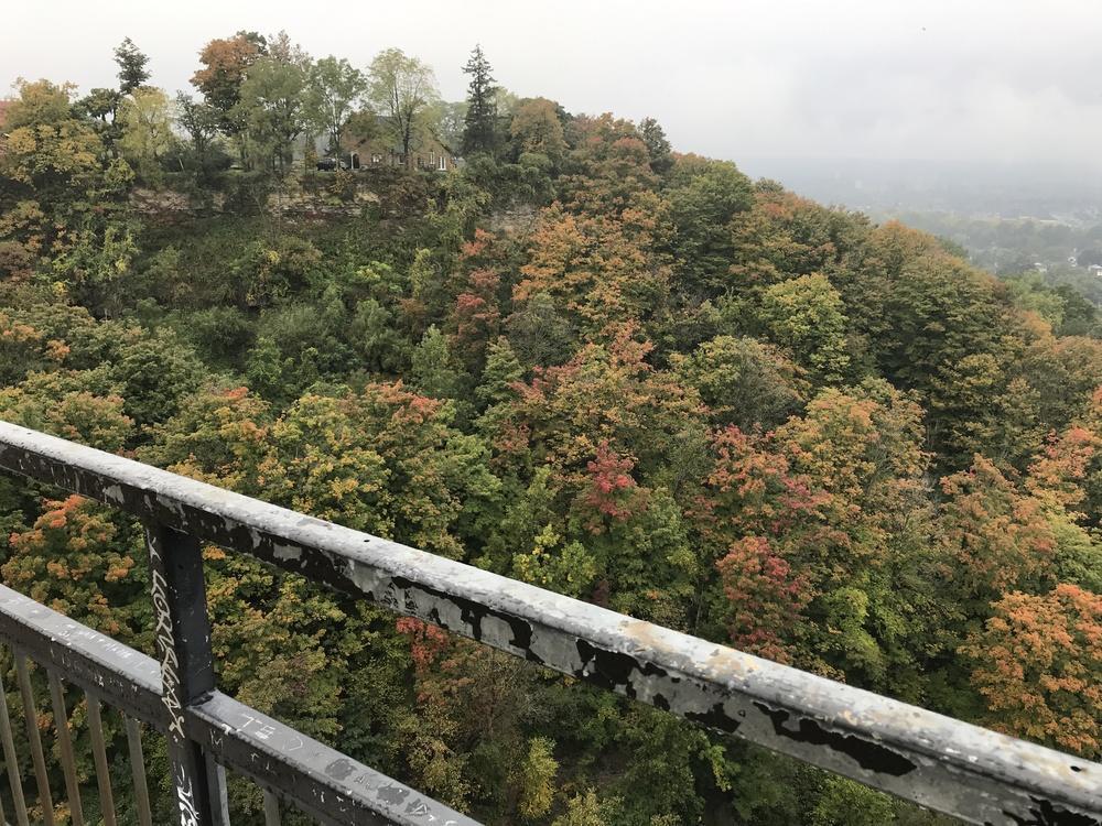 2018-10-06-niagara_escarpment.jpg